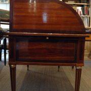 Bureau à cylindre Louis XVI