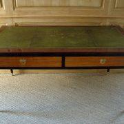 Bureau plat d'époque Louis XVI