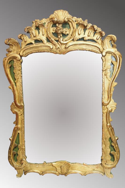 Miroir d 39 poque louis xv sculpt de feuiilages et fleurettes for Miroir louis xv