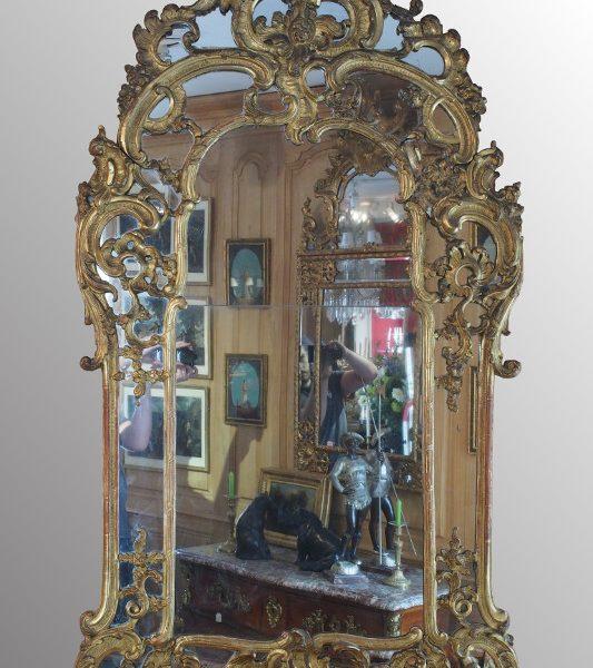 Grand miroir d 39 poque r gence en bois dor sculpt for On traverse un miroir