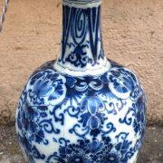 Paire de bouteilles en Delft d'époque XVIIIème