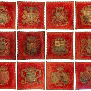 Suite armoiries royales