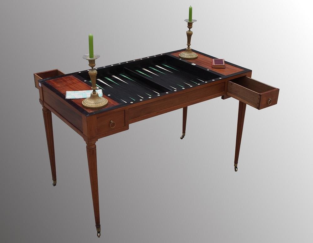 table de jeux tric trac d 39 poque louis xvi. Black Bedroom Furniture Sets. Home Design Ideas