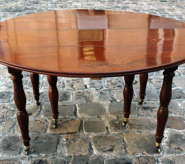 grande table de salle manger en acajou de cuba. Black Bedroom Furniture Sets. Home Design Ideas
