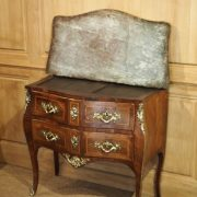 commode-galbee-louis-xv-11
