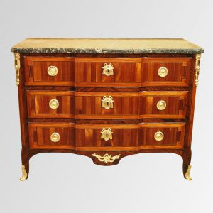 Commode de salon transition des époques Louis XV - Louis XVI