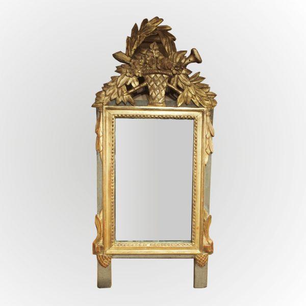 Petit miroir en bois dor d 39 poque louis xvi for Miroir louis 16