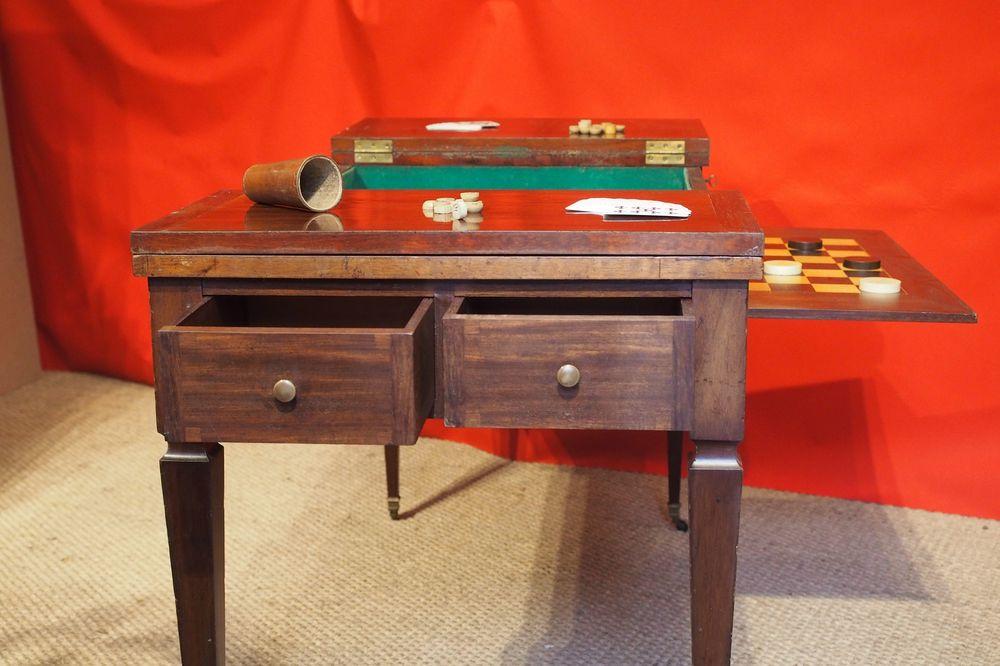 Table de jeux TricTrac formant bureau plat