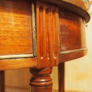 Table bouillotte d'époque Louis XVI en acajou de Cuba (2)