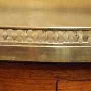 Table bouillotte d'époque Louis XVI en acajou de Cuba (4)