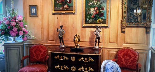 Le magasin d'antiquités Philippe Leclercq sous le signe de l'Art Floral