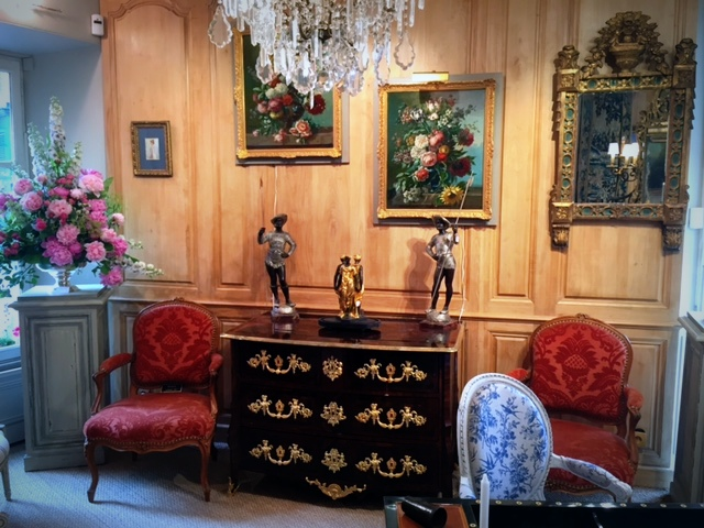 fleurs-magasin-antiquite-versailles