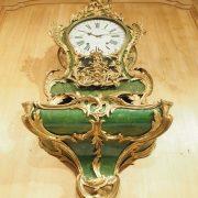 Cartel en corne verte d'époque Louis XV