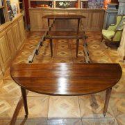 Table de salle à manger en bois naturel