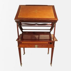 table-tronchin-louisxvi-ouvert