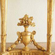 Petite console d'entre deux d'époque Louis XVI en bois doré