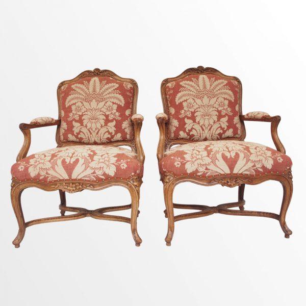 Paire de fauteuils à dossier plat d'époque Louis XV