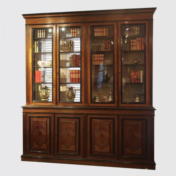 Bibliothèque Louis XVI en noyer en bois noirci
